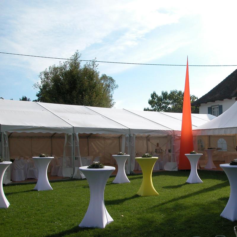 Partyzelt.pagode-pylone-stehtische-800x800.jpg
